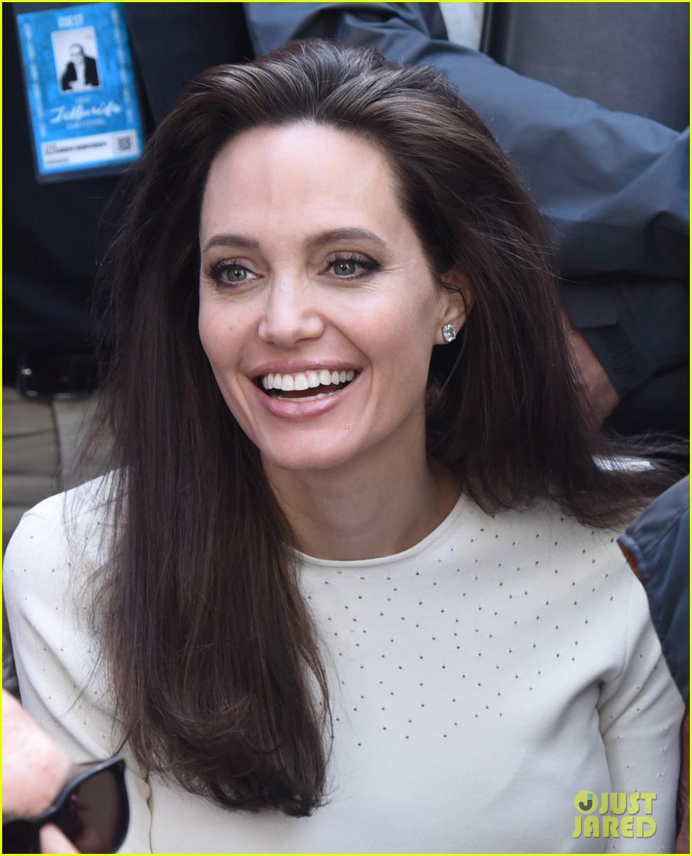 angelina jolie is full of joy smiles at telluride film premiere 023949658