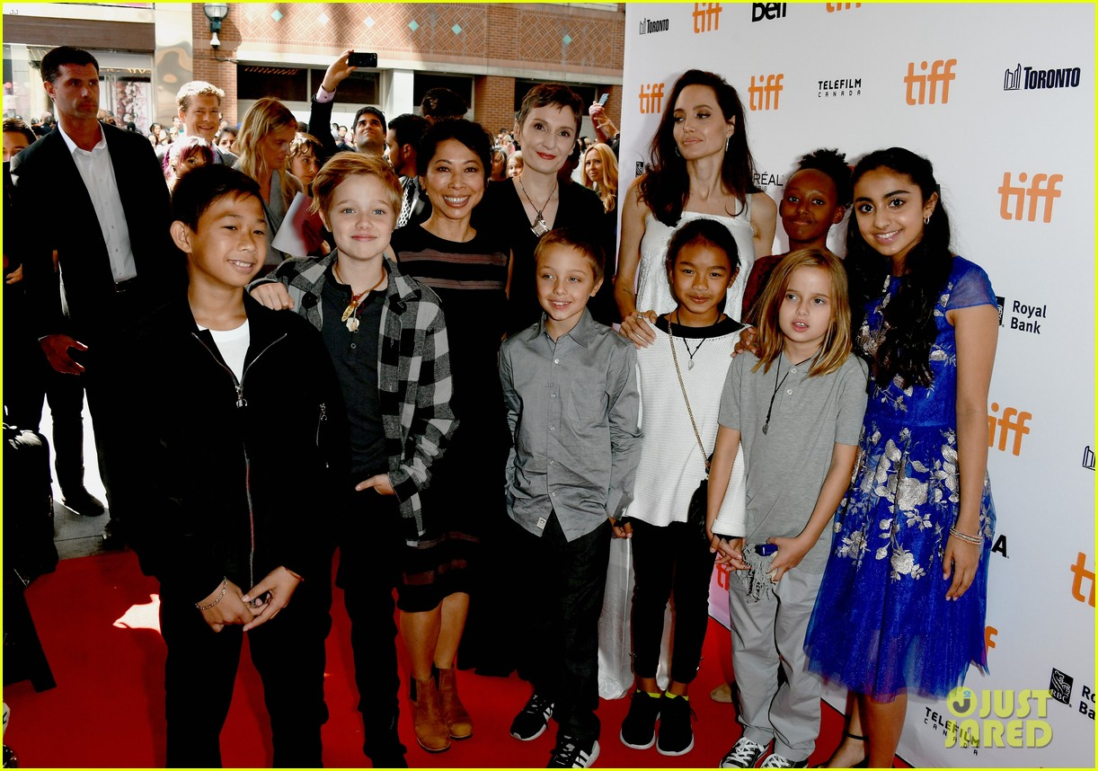 angelina jolie brings kids red carpet tiff 083954332