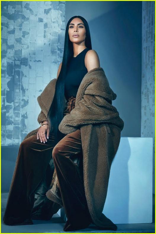 Kim Kardashian T Singapore The New York Times Style