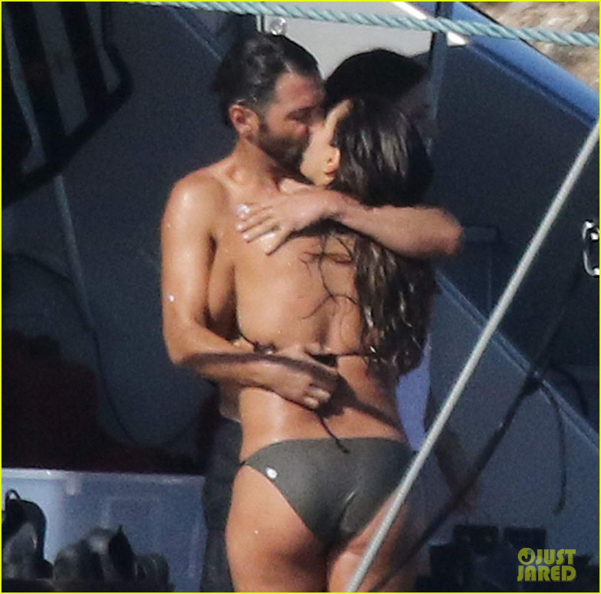 eva longoria rocks a tiny biikini on vacation with hubby jose baston 043954630