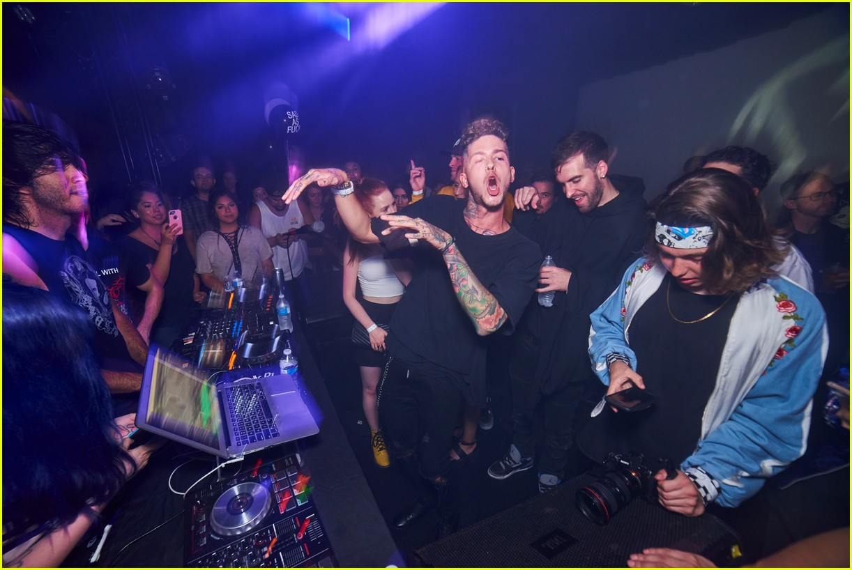madelaine petsch travis mills couple up at emo nite 103951253