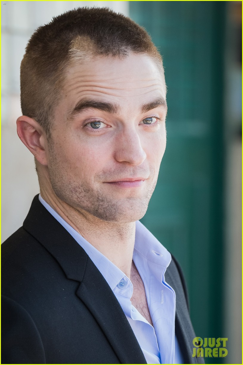 robert pattinson debuts new buzz cut at deauville film fest 013949380