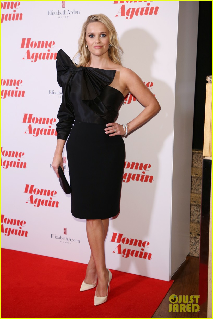 reese witherspoon home again uk 053962020