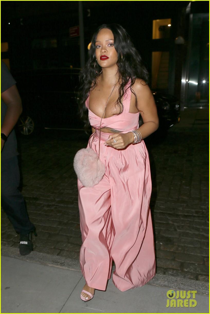 rihanna wears pink jumpsuit in brooklyn 013958649