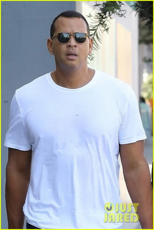 jennifer lopez alex rodriguez couple up for gym date 023968795