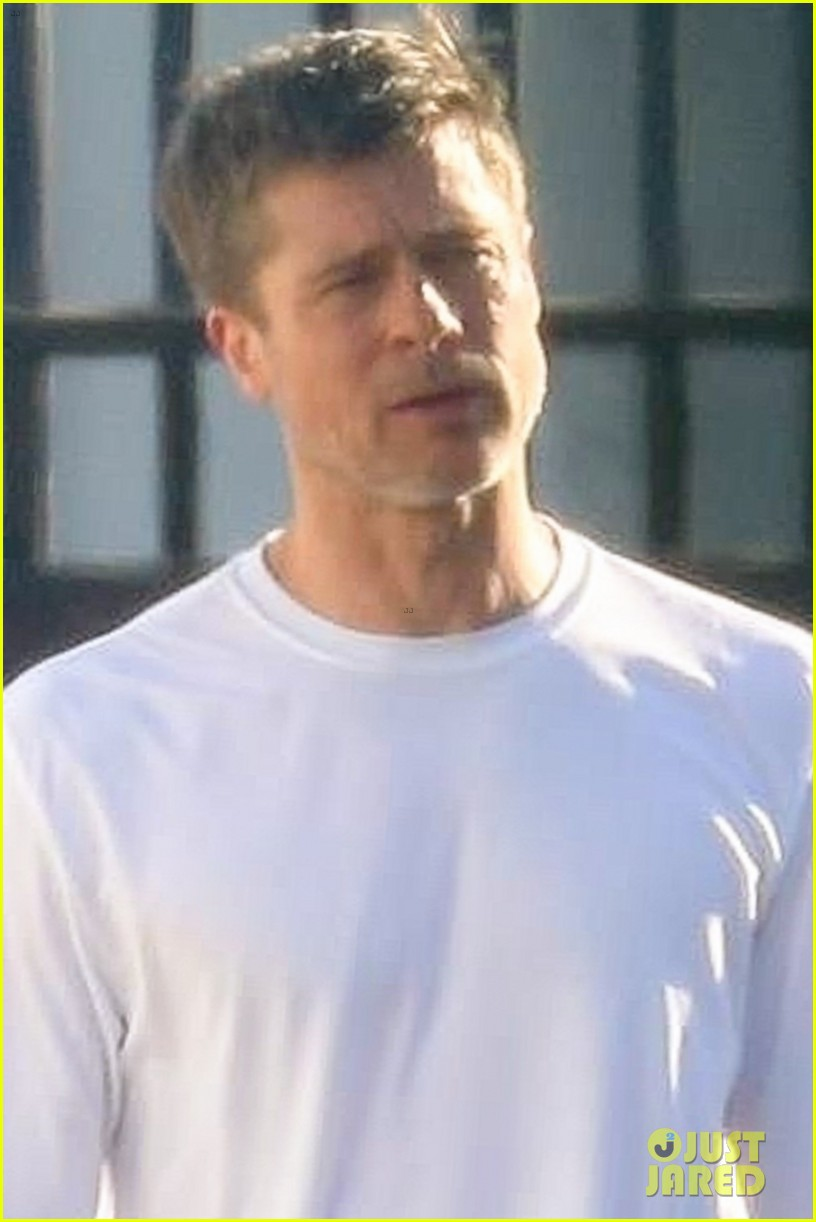 brad pitt on ad astra set 063968183