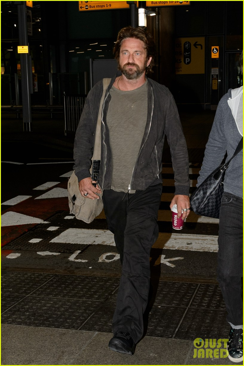 gerard butler arrives in london following motorcycle accident 033974693