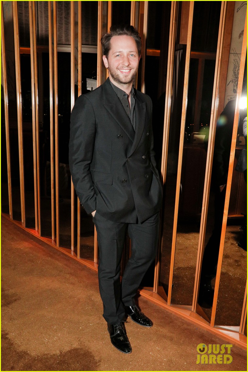 mariah carey buddies up with alex pettyfer at karl lagerfelds intimate dinner 093977099