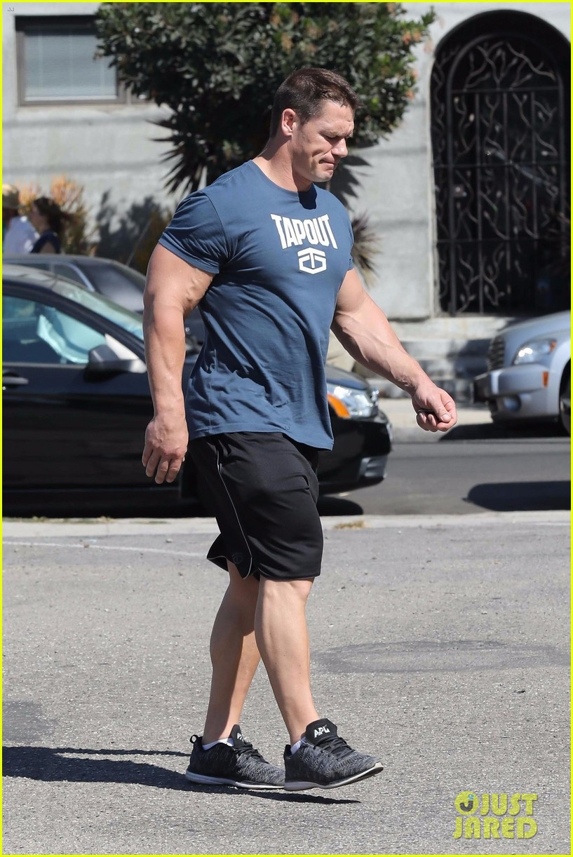 John cena 39 s gigantic biceps are pumped up after a workout - John cena gym image ...
