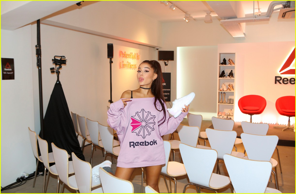 ariana grande opens up about misogyny we have to lift each other up 02