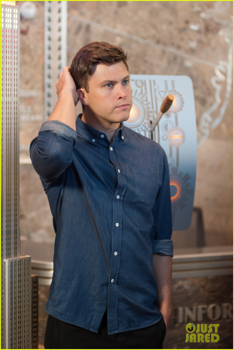 colin jost lights the empire state building in nyc 073968885