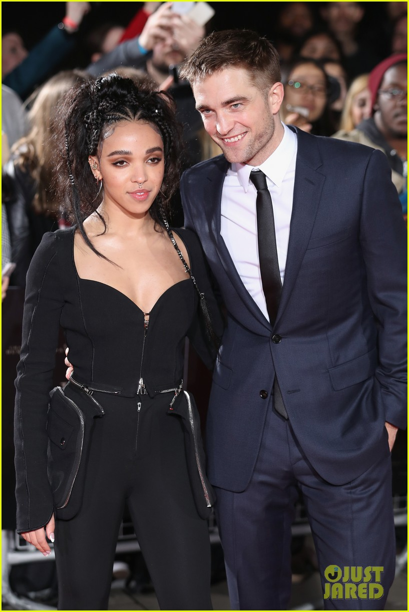 robert pattinson fka twigs split call off engagement 113971735