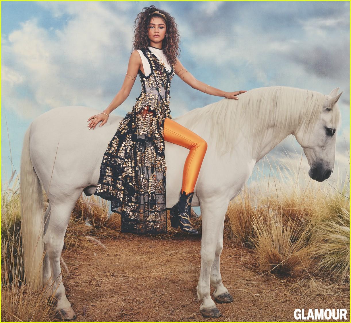 zendaya glamour magazine november 013967092