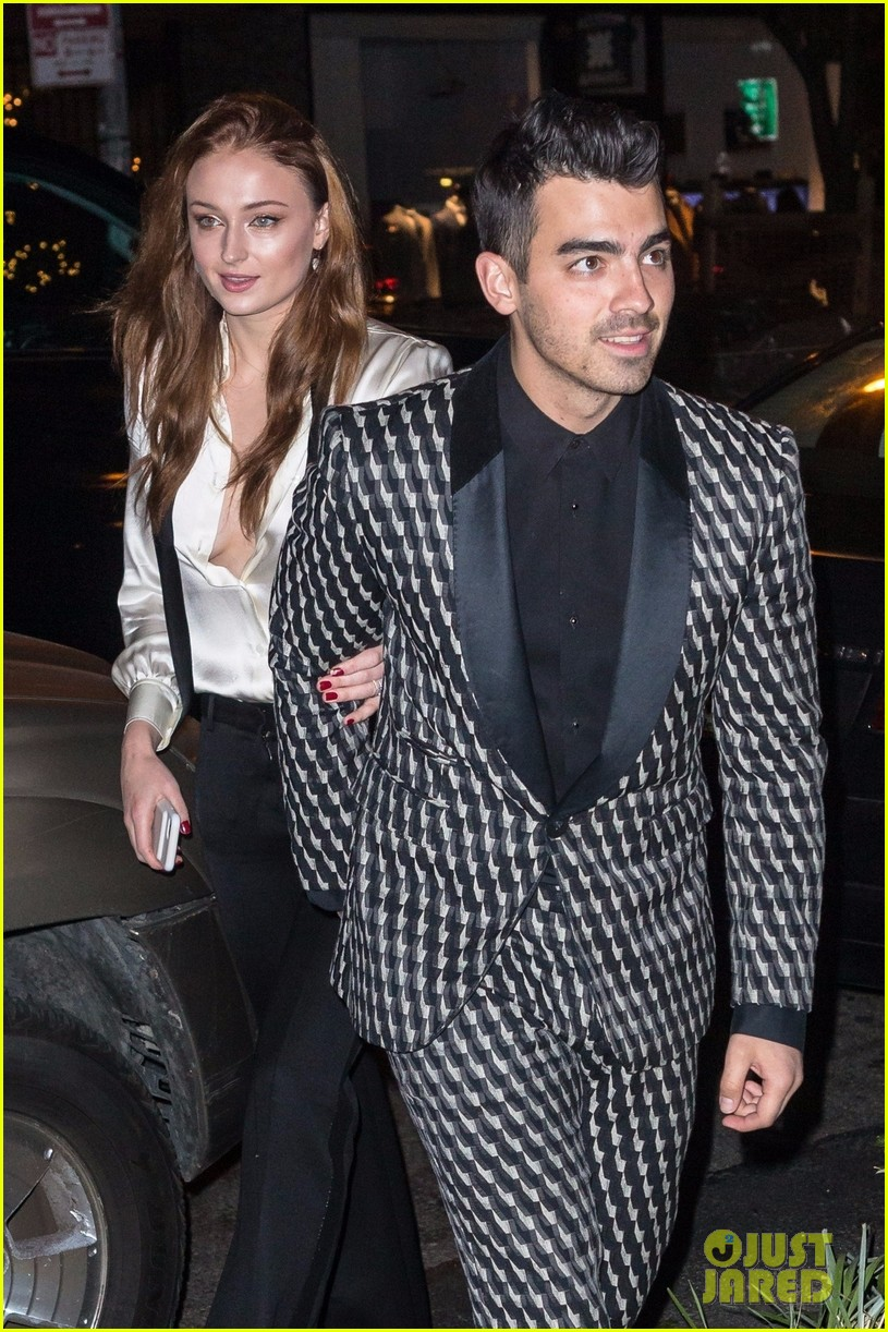 joe jonas sophie turner celebrate their engagement in nyc 033982382