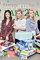 julie bowen christmas wrapping 25