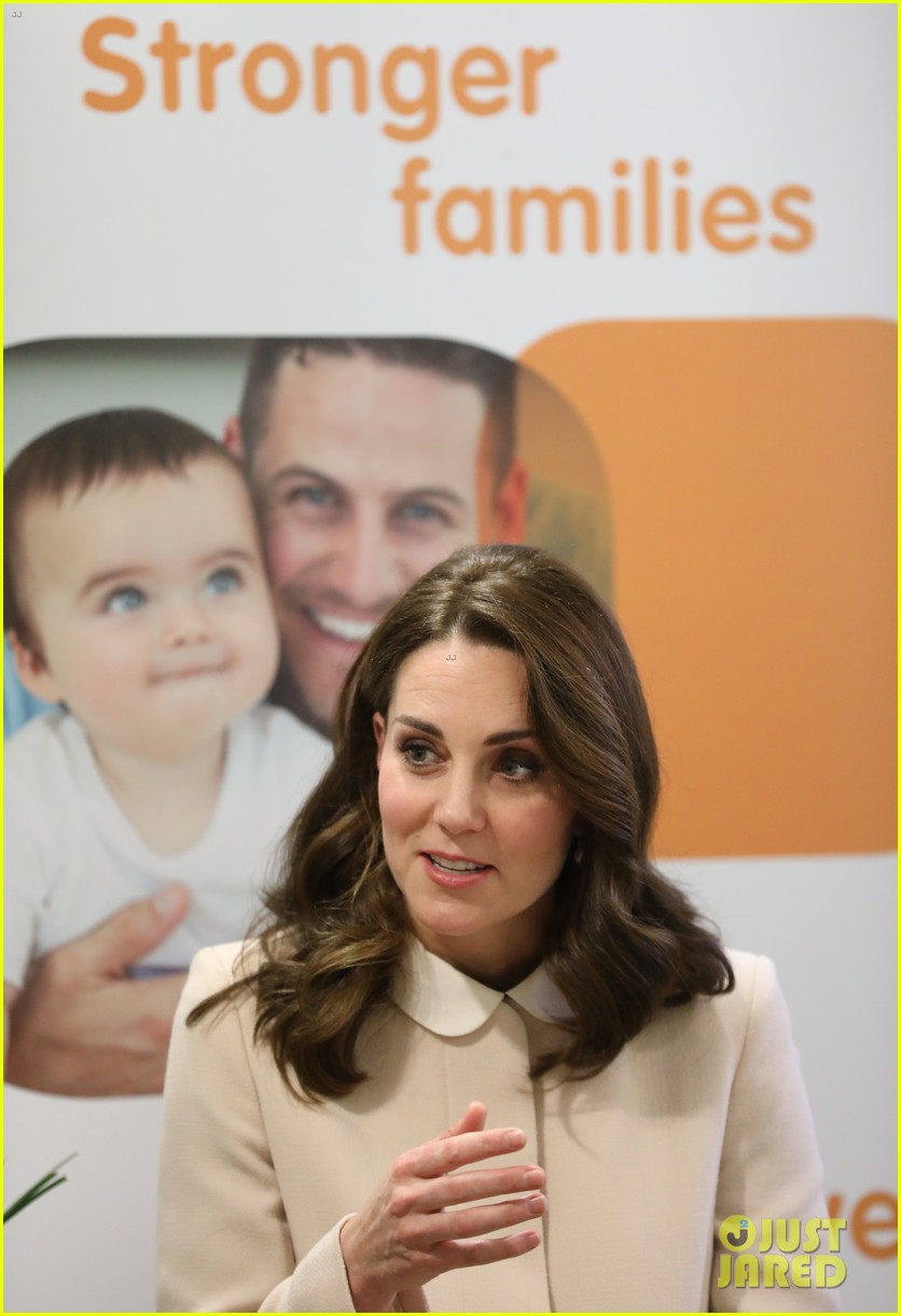 kate middleton supports fellow pregnant moms at rescheduled family action visit 163987303