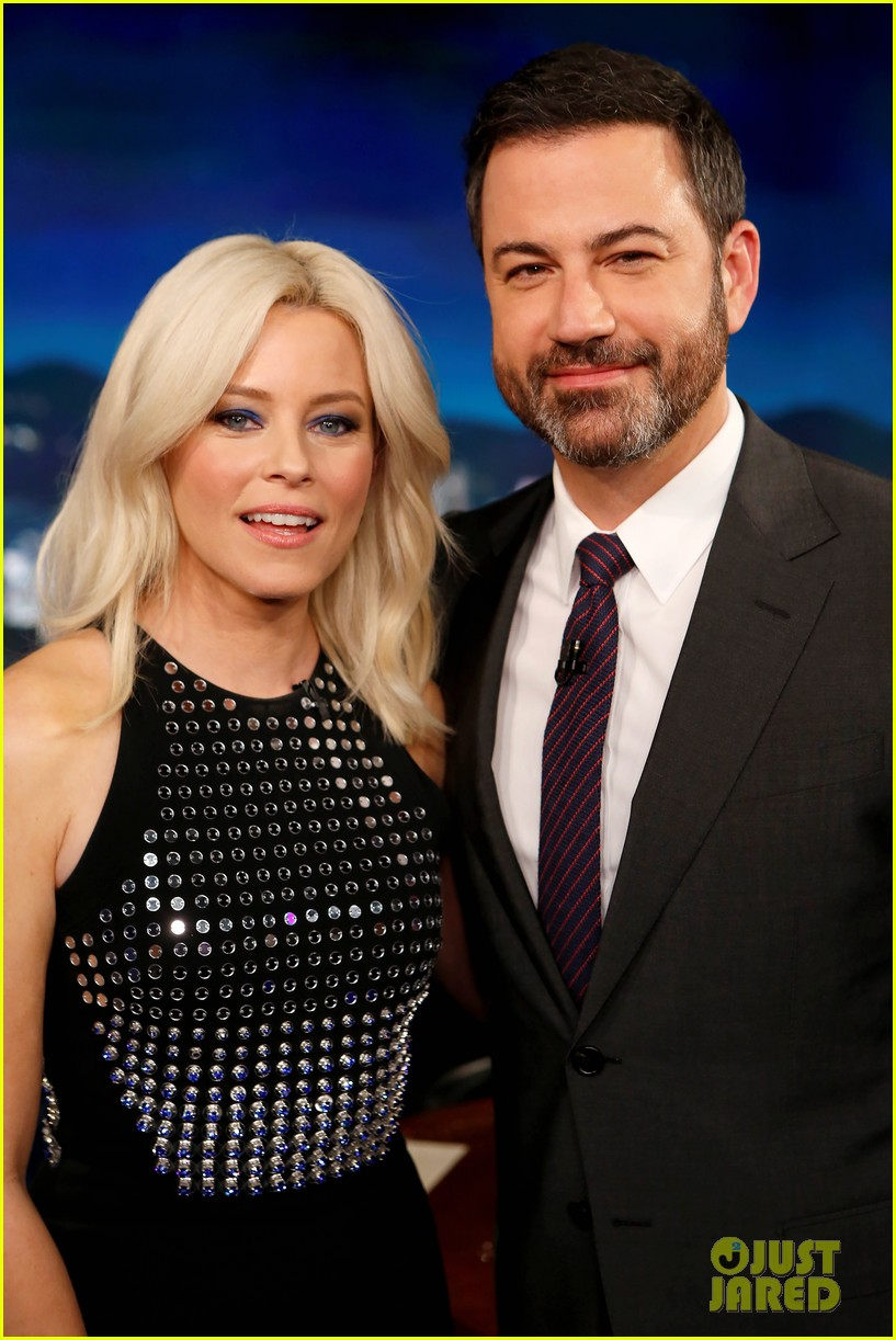 elizabeth banks says pitch perfect 3 was inspired by her life changing uso tour 013995425