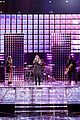 kelly clarkson medicine the voice finale 02