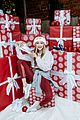 gigi hadid shares her tips for hosting the ultimate holiday party 09