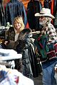 goldie hawn kurt russell spend the day shopping in aspen 03
