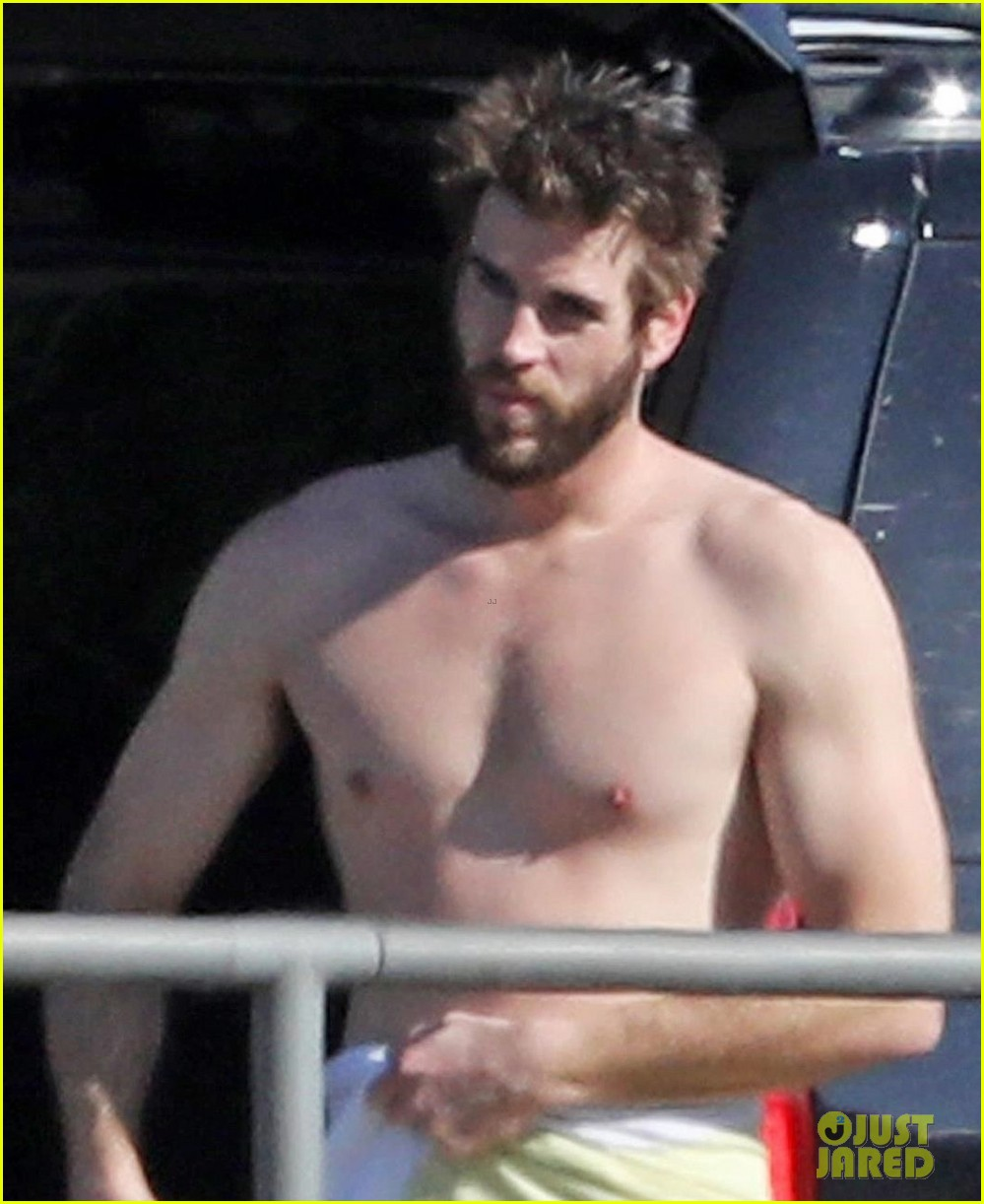 liam hemsworth gets shirtless after surfing in malibu see pics 054001824