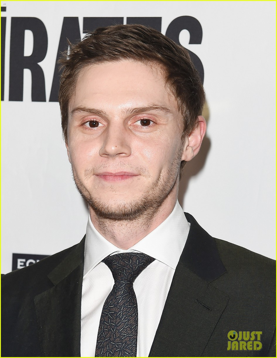evan peters melanie griffith premiere the pirates of somalia in la 063998061