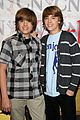 dylan sprouse cole sprouse photos 07