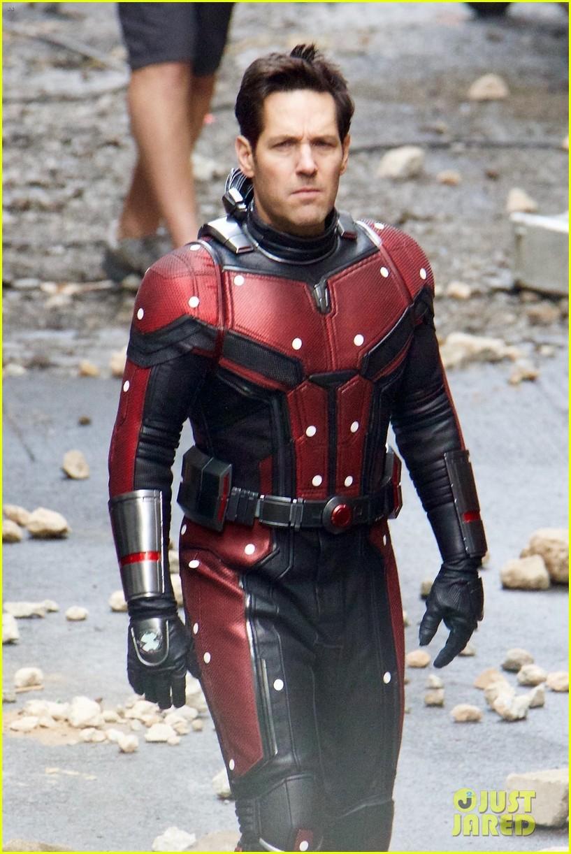 avengers-set-photos-january-10-06.jpg