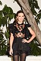 kate beckinsale salma hayek step out in style for w mags pre golden globes party 24