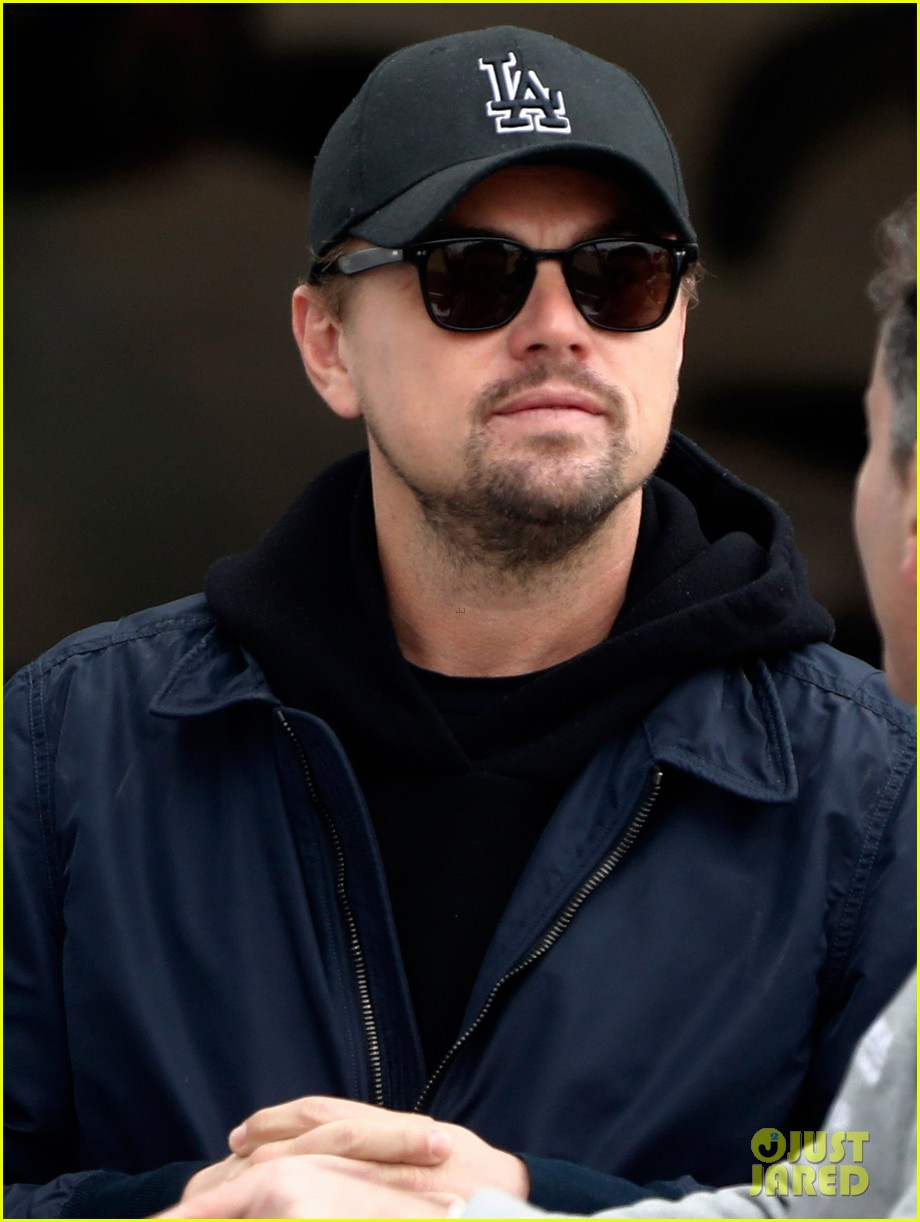 leonardo dicaprio checks out the races in morocco 044014227