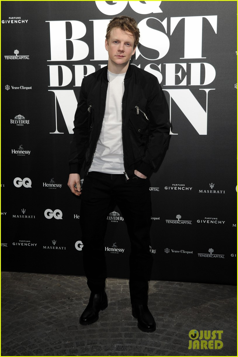 charlie heaton patrick gibson look so stylish at gq best dressed event 024014302