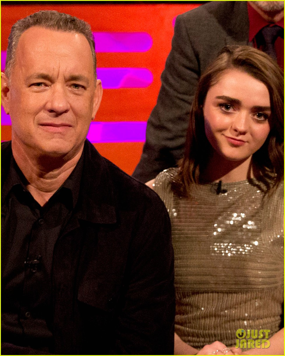 maisie williams tom hanks graham norton show 044014299