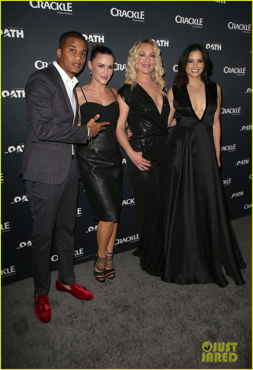 50 cent supports ryan kwanten the oath cast at l a premiere 04