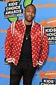 patrick schwarzenegger and kat graham hit the kids choice awards orange carpet 28