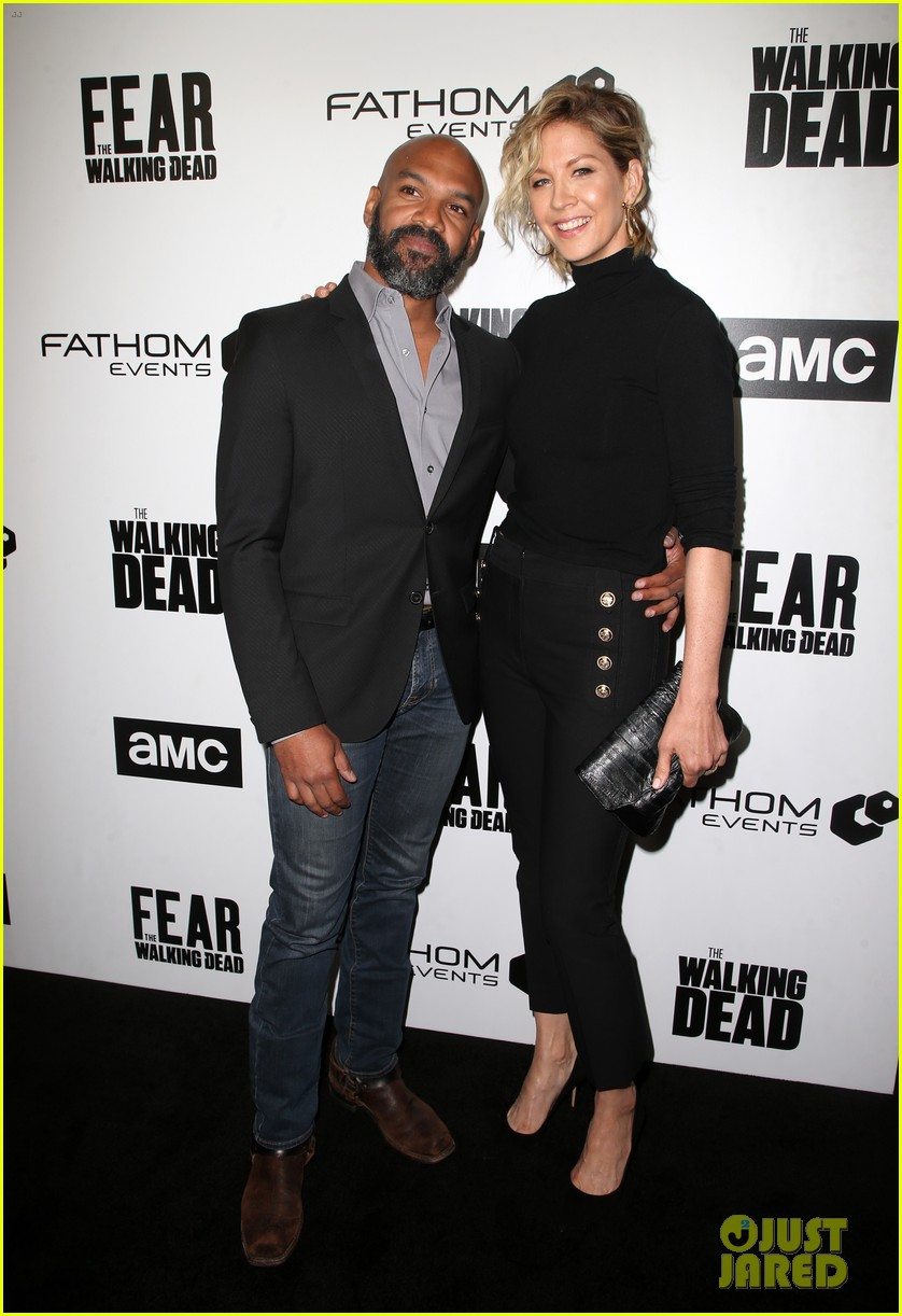 jenna elfman maggie grace more join forces at the walking deads survival sunday 01