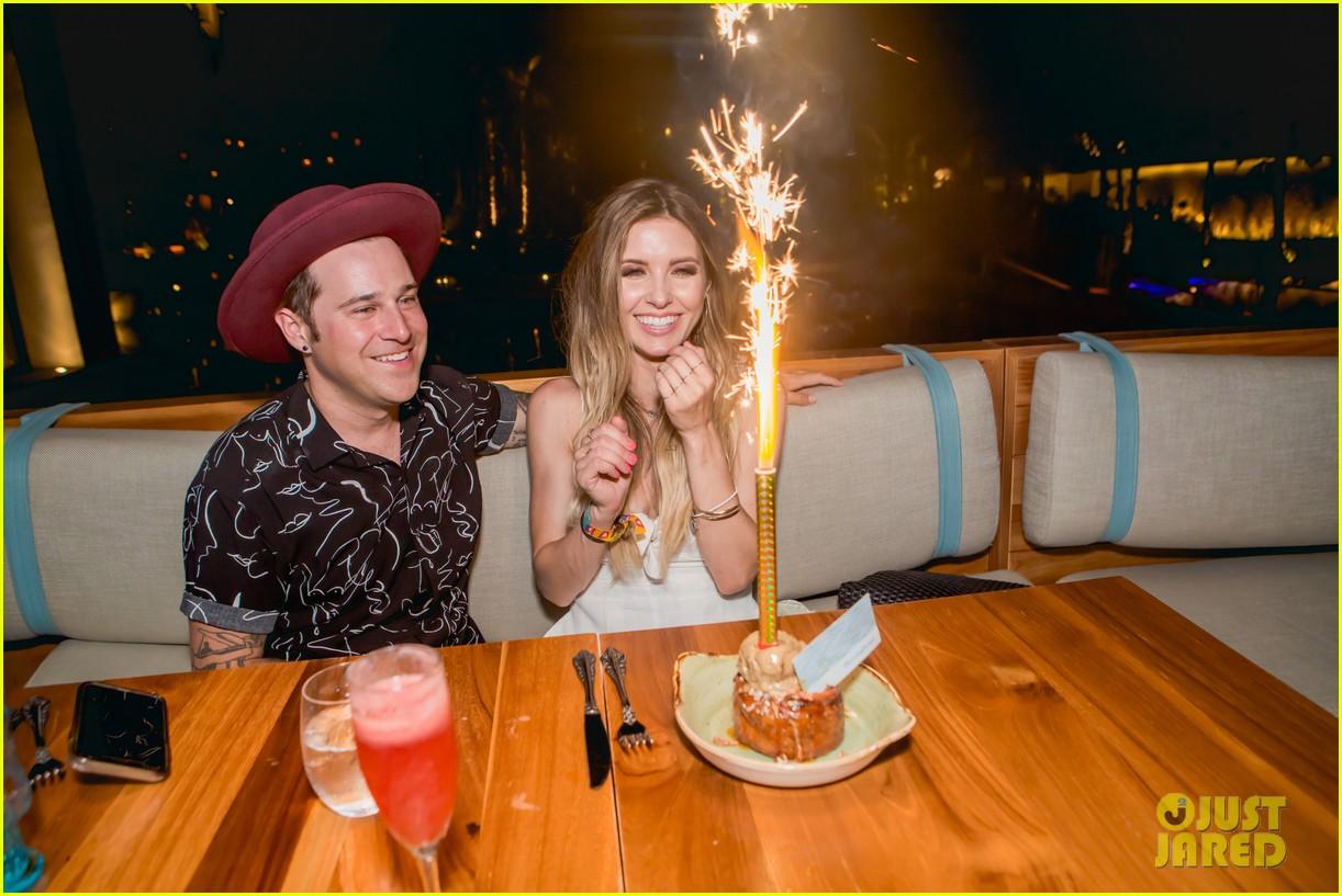 audrina patridge celebrates birthday in cabo ryan cabrera 05
