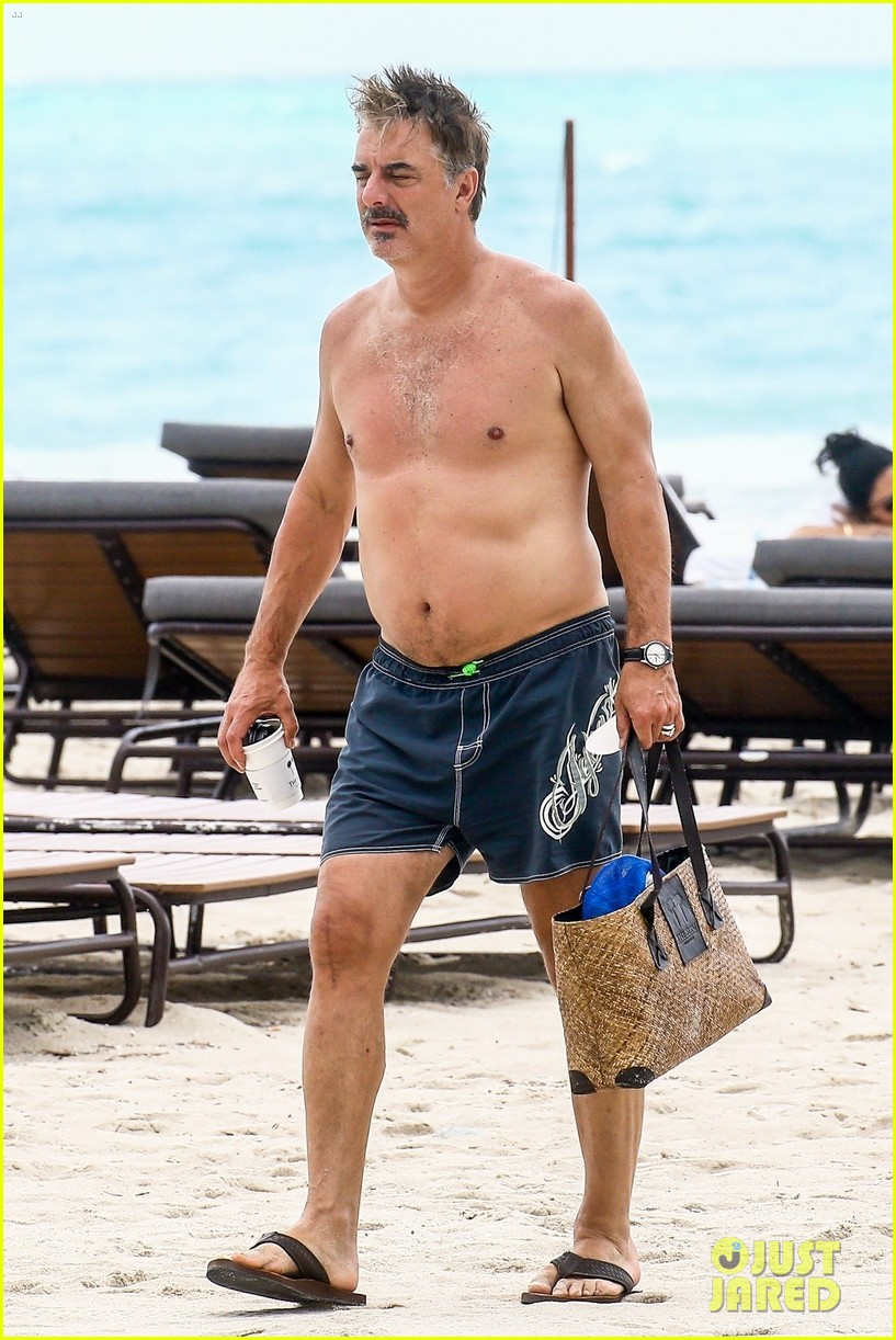 chris noth goes shirtless on the beach during miami vacation 10