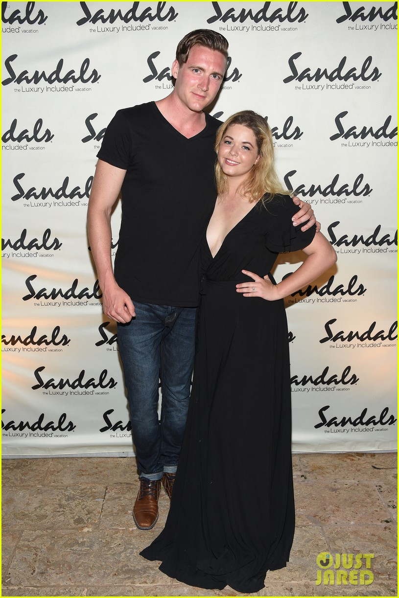 sasha pieterse marries hudson sheaffer in ireland 02