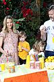 jaime king kids lemonade stand 08