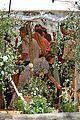 kit harington rose leslie day after wedding lunch 32