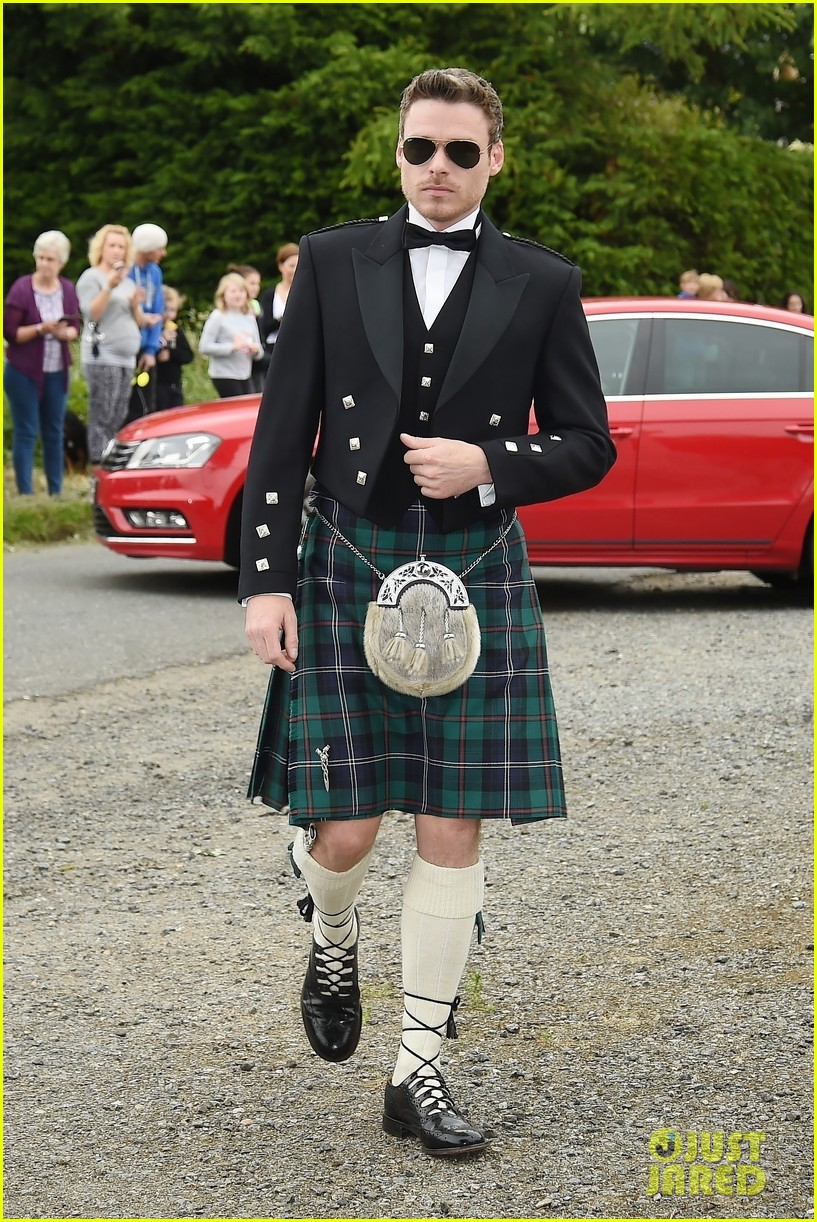 richard madden kilt kit harington rose leslie wedding 014106618