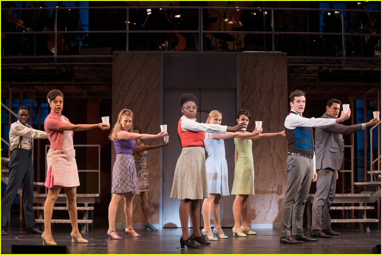 michael urie becki newton how to succeed 08