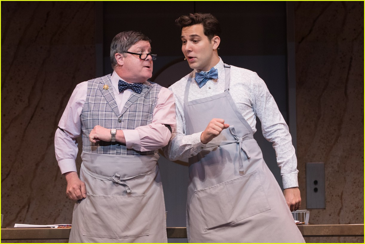 michael urie becki newton how to succeed 12