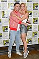 stephen amell arrow costars debut season 7 first look at comic con 06