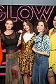 alison brie betty gilpin glow cast celebrate at emmy skate party 02