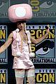 johnny depp fantastic beasts cast comic con 14