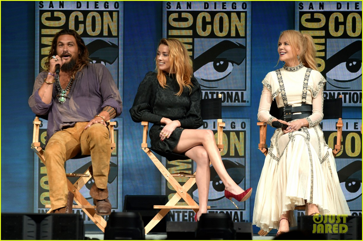 jason momoa nicole kidman amber hard debut aquaman trailer at comic con 164118241