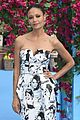 thandie newton supports hubby ol parker with daughters at mamma mia here we go again world 05