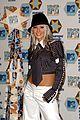 christina aguilera stipped 2002 01