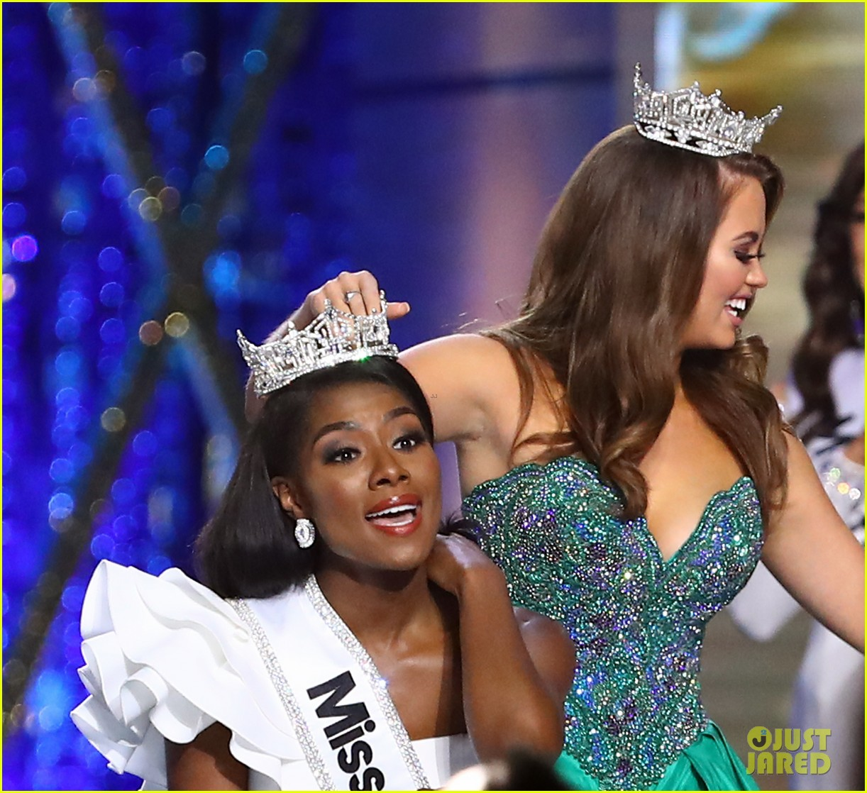 nia imani franklin, miss america 2019. Miss-america-2019-new-york-nia-imani-franklin-11